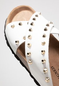 RE:DESIGNED - NALA STUDS  - Mules - white - 2