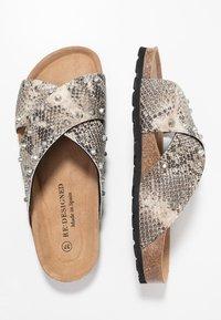 RE:DESIGNED - NALA STUDS  - Pantofle - beige - 3