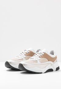 RE:DESIGNED - LAURY - Tenisky - taupe - 4