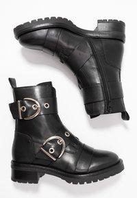 RE:DESIGNED - MOURA - Kovbojské/motorkářské boty - black - 3