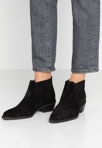 RE:DESIGNED - TORY  - Ankle boots - black - 0