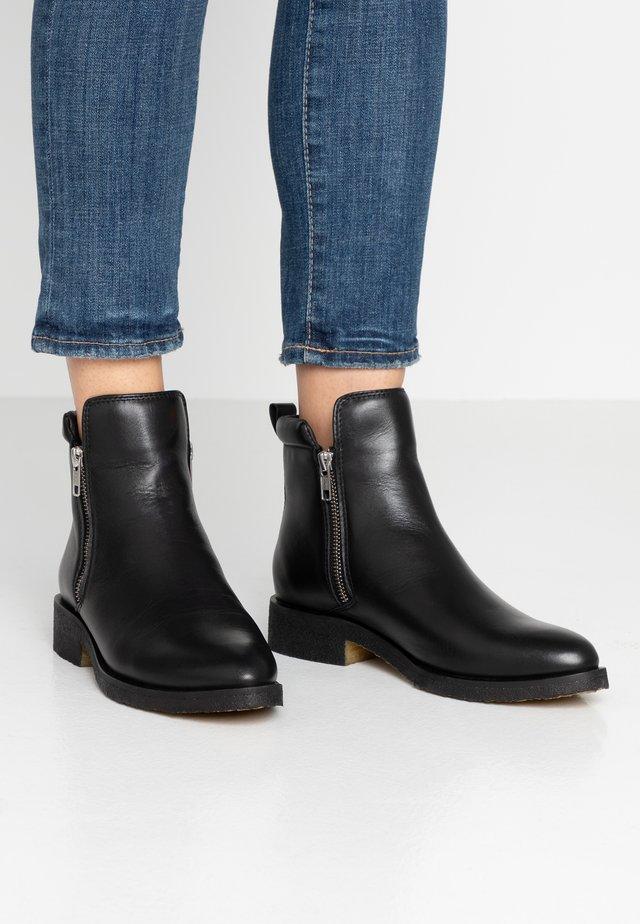 SHANNA - Kotníkové boty - black
