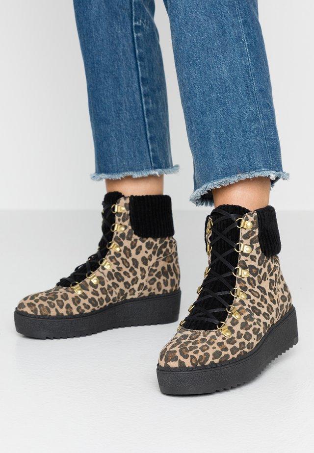 FIA - Platform ankle boots - brown