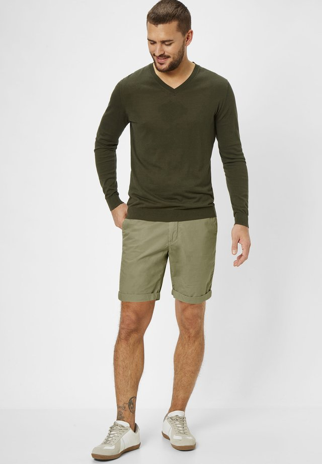 SURRAY  - Shorts - oliv