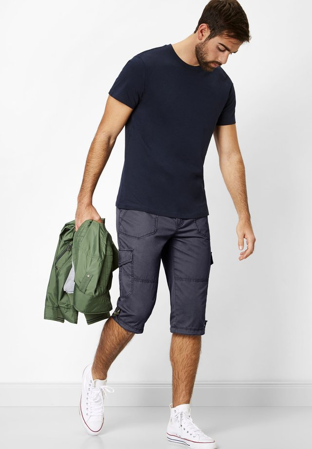 PEERS PREISAGGRESSIVE   - Shorts - navy