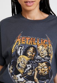 Revival Tee - METALLICA - T-Shirt print - washed black - 4