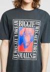 Revival Tee - BIGGIE  - T-shirt z nadrukiem - black