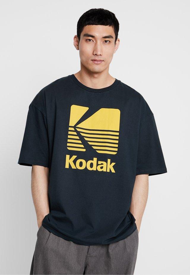 KODAK  - T-shirt imprimé - washed black