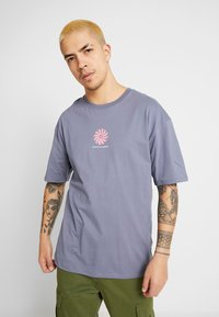 Revival Tee - POSITVE ENGERY - T-Shirt print - blue grey - 0