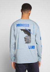 Revival Tee - PROMISED LAND  - Langærmede T-shirts - blue - 2