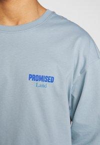 Revival Tee - PROMISED LAND  - Langærmede T-shirts - blue - 5