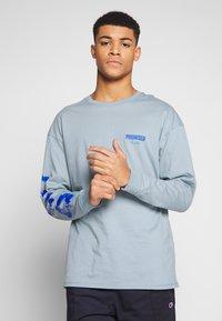 Revival Tee - PROMISED LAND  - Langærmede T-shirts - blue - 0