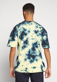 Revival Tee - MISFITS TYE DYE - T-shirt con stampa - blue - 2