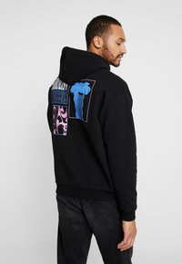 Revival Tee - SURREALISM HOODIE - Bluza z kapturem - black - 0