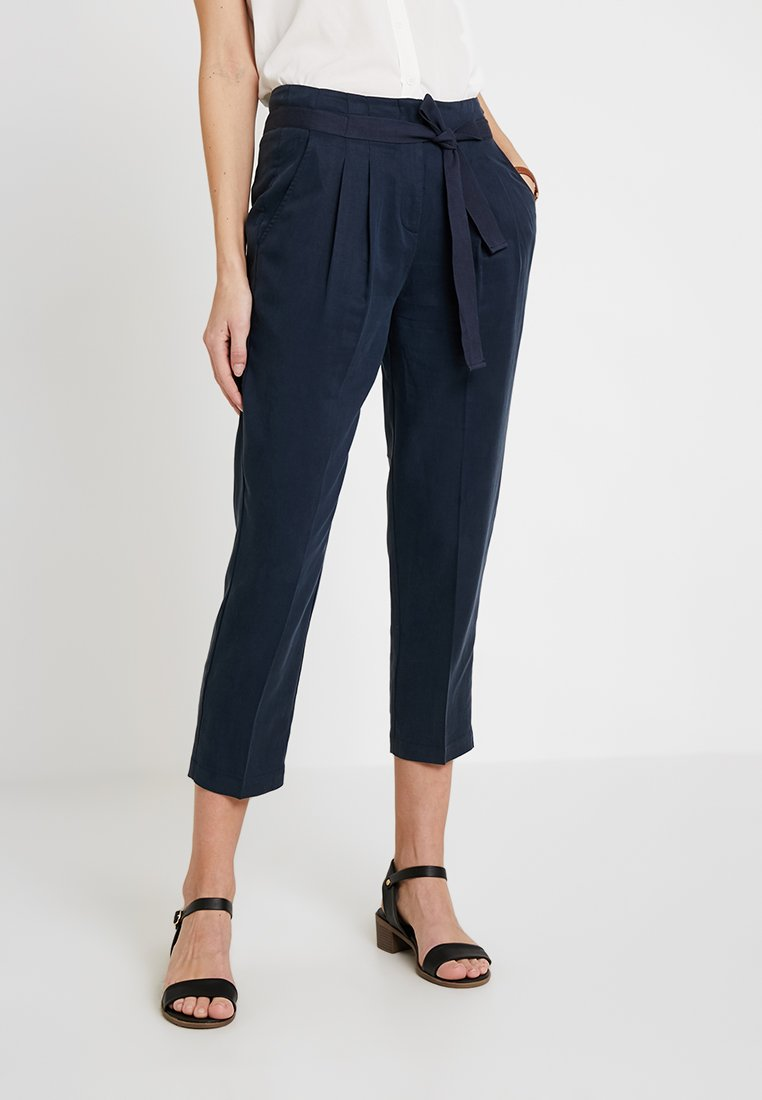 Re.draft - CROPPED PANTS - Trousers - navy