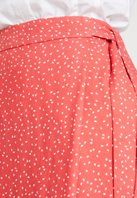Re.draft - PRINTED SKIRT WITH KNOT - Gonna a campana - flame - 5