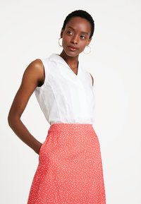 Re.draft - PRINTED SKIRT WITH KNOT - Gonna a campana - flame - 3