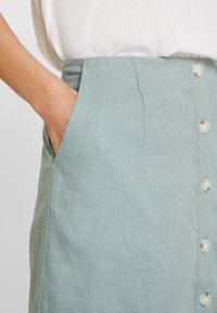 Re.draft - SKIRT WITH BUTTONS - A-line skirt - faded olive - 3