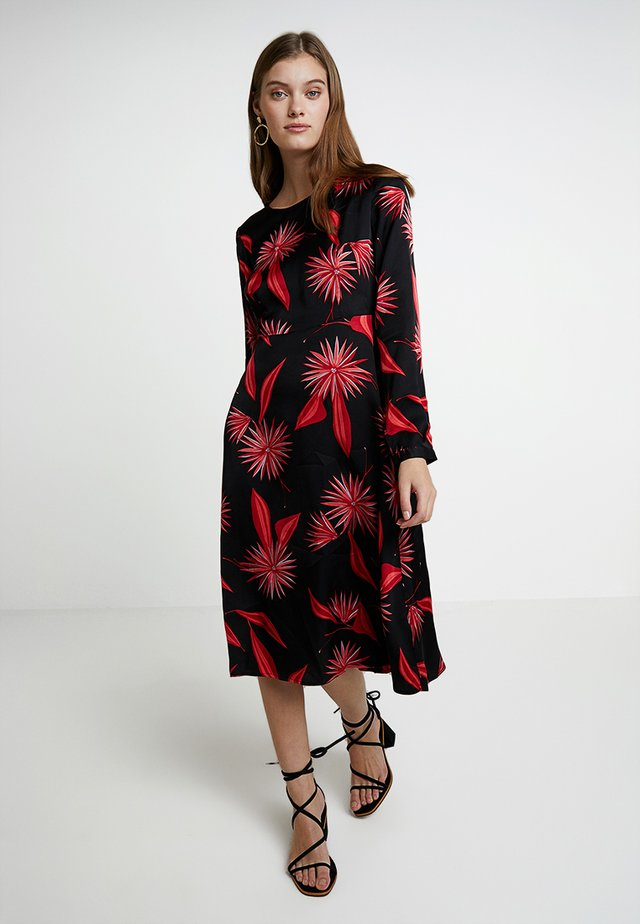 DRESS - Vardagsklänning - black/red