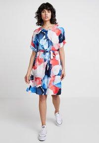 Re.draft - PRINTED DRESS - Day dress - hibisus - 1