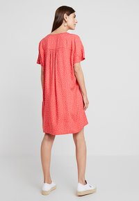 Re.draft - DRESS WITH PLEAT - Day dress - flame - 3
