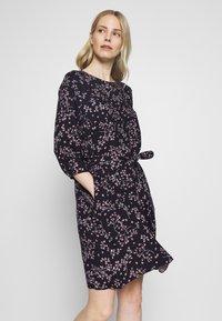 Re.draft - PRINTED FLOWER DRESS - Day dress - black - 0