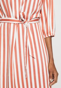 Re.draft - STRIPED DRESS - Day dress - white - 6
