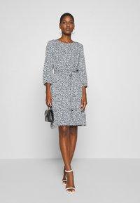 Re.draft - MILLEFLEUR DRESS - Day dress - summer night - 1