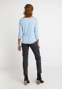 Re.draft - STRIPED BOATNECK - Long sleeved top - blue bird - 2