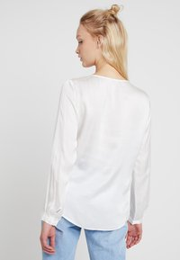 Re.draft - TIE BLOUSE - Blouse - off-white - 2