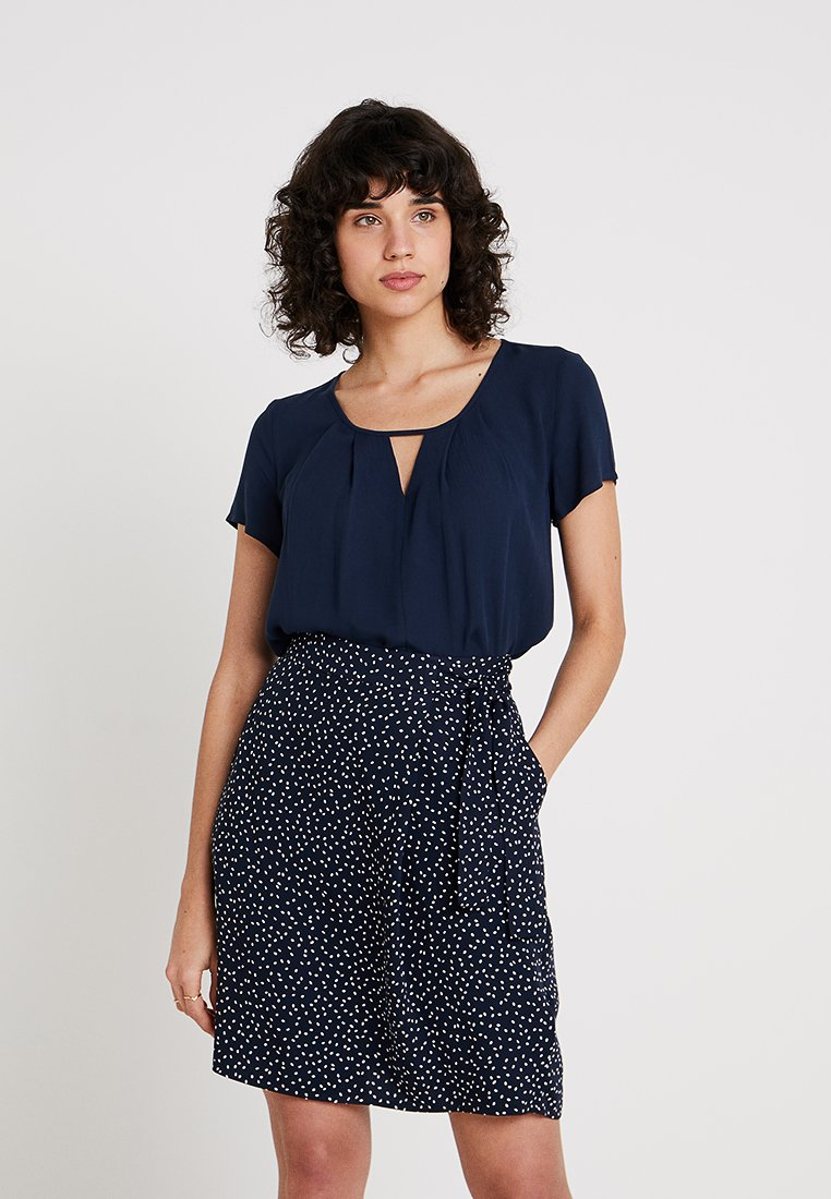 Re.draft - BLOUSE WITH PLEAT DETAIL - Blouse - navy