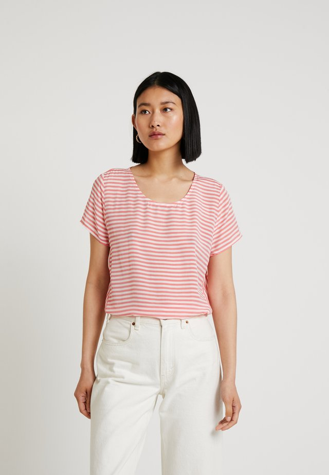 STRIPED BLOUSE - Bluse - flame