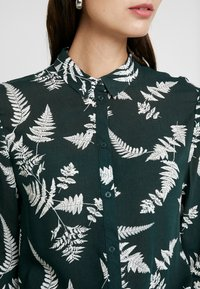 Re.draft - BLOUSE - Button-down blouse - oldschoolgreen - 5