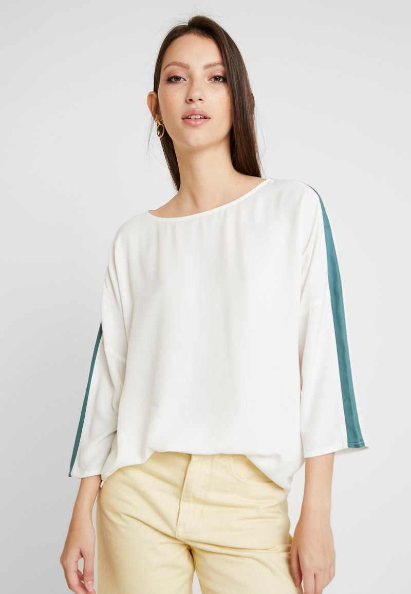 Re.draft - EASY REGLAN BLOUSE - Blouse - wool white