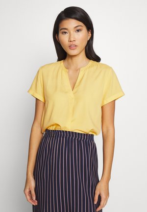 BLOUSE WITH PLEAT - Bluser - mango