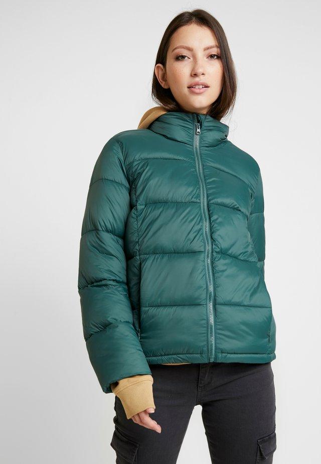 JACKET - Lehká bunda - moor green