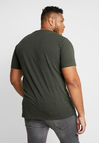 Replay Plus - T-shirt con stampa - green - 2