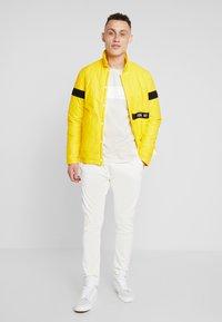 Replay Sportlab - Pantalon classique - white - 1