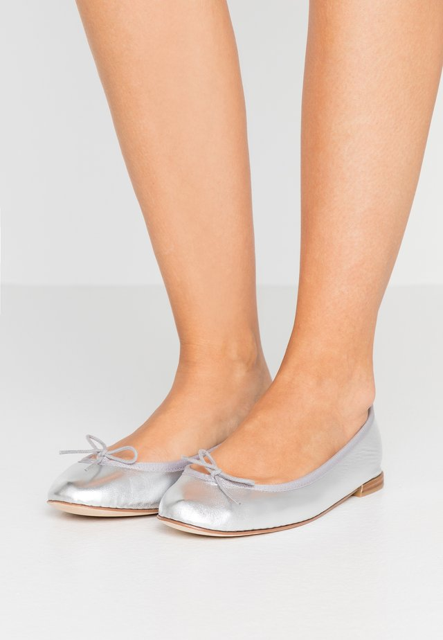 CENDRILLON - Ballet pumps - silver
