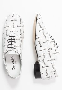Repetto - ZIZI - Lace-ups - blanc - 3