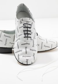 Repetto - ZIZI - Lace-ups - blanc - 7