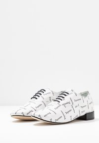 Repetto - ZIZI - Lace-ups - blanc - 4