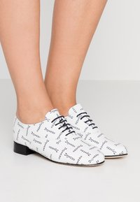 Repetto - ZIZI - Lace-ups - blanc - 0