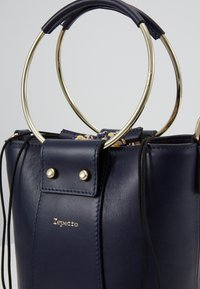 Repetto - MANEGE - Handbag - multico vif - 5