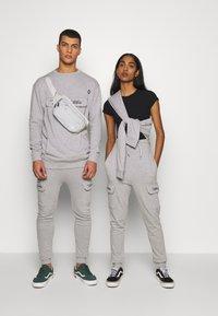 RETHINK Status - CREW NECK  - Sweatshirt - grey - 1