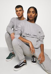 RETHINK Status - CREW NECK  - Sweatshirt - grey - 3