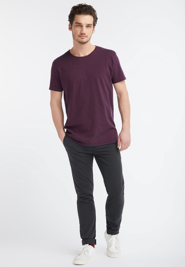 Print T-shirt - navy / red