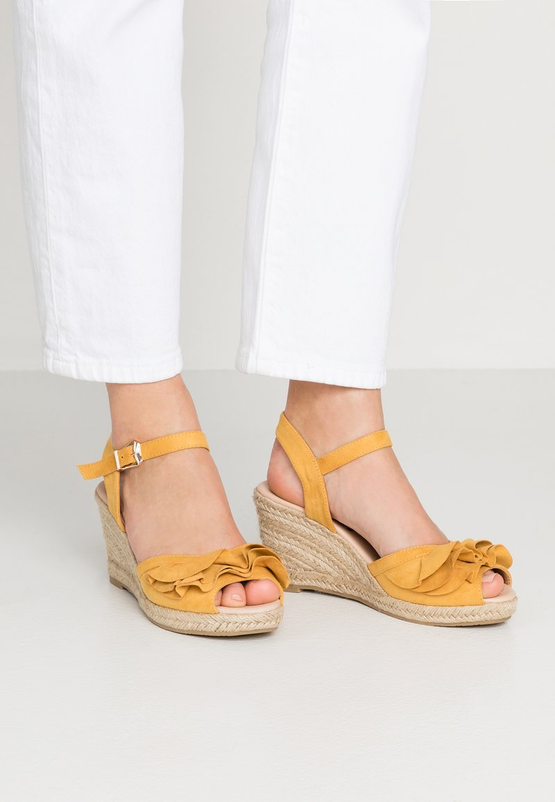 Refresh - Plateausandalette - amarillo