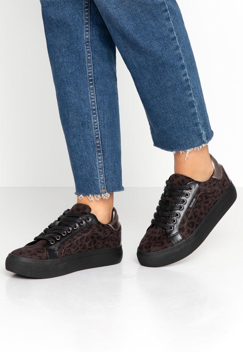 Refresh - Sneakers laag - black