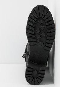 Refresh - Šněrovací vysoké boty - black - 6